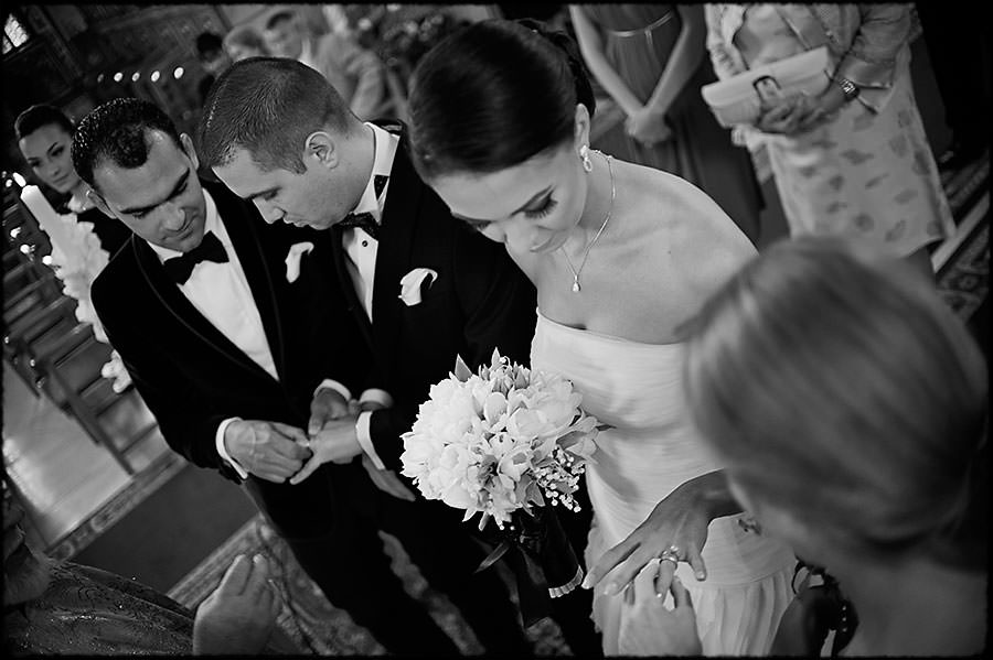 L + O | Destination Wedding | JW Marriott Bucharest Hotel | Romania 21