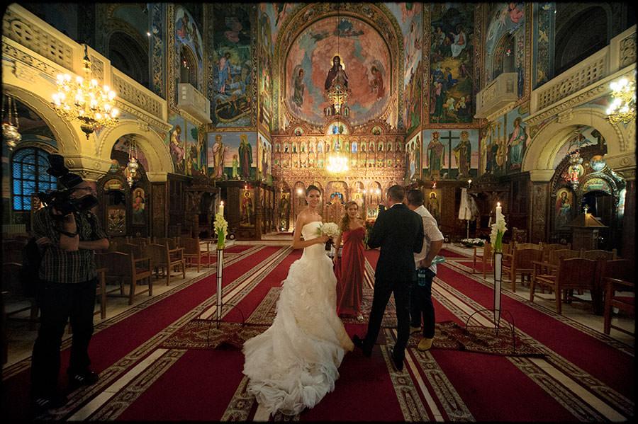 L + O | Destination Wedding | JW Marriott Bucharest Hotel | Romania 33