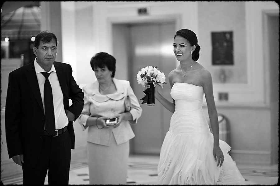 L + O | Destination Wedding | JW Marriott Bucharest Hotel | Romania 12
