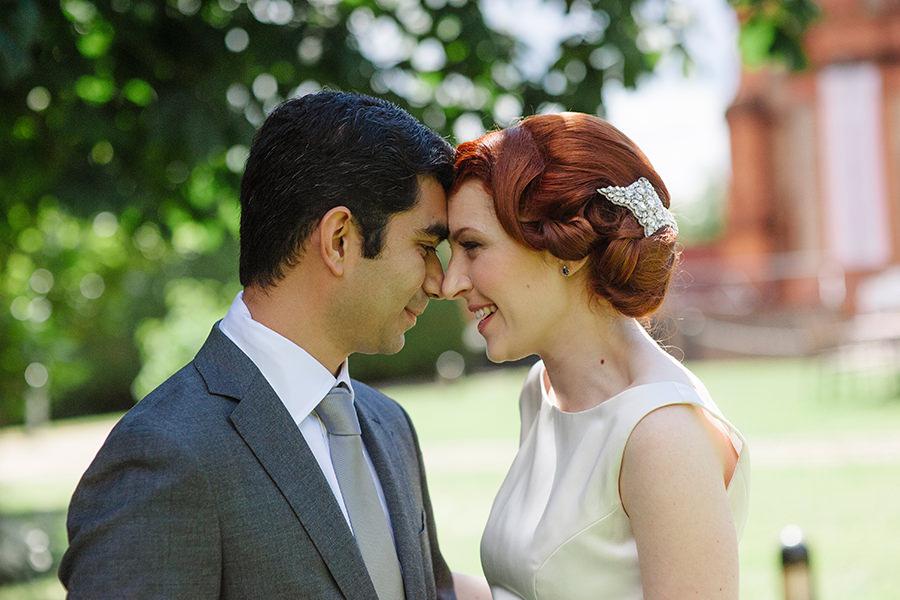 17_first look_Ireland wedding photographers_Thomas Prior Hall Wedding_Bewleys Hotel Ballsbridge