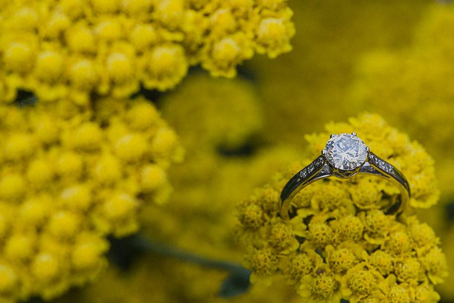 01_wedding ring_fine art wedding photographer