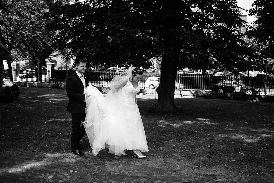 25-American Wedding in Ireland-city wedding