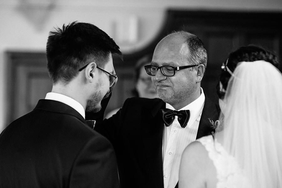 31-American Wedding in Ireland-city wedding
