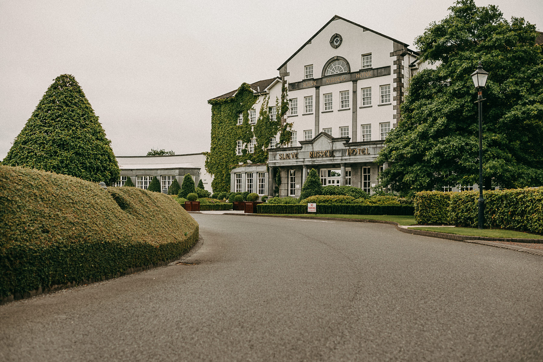 Slieve Russell Hotel wedding
