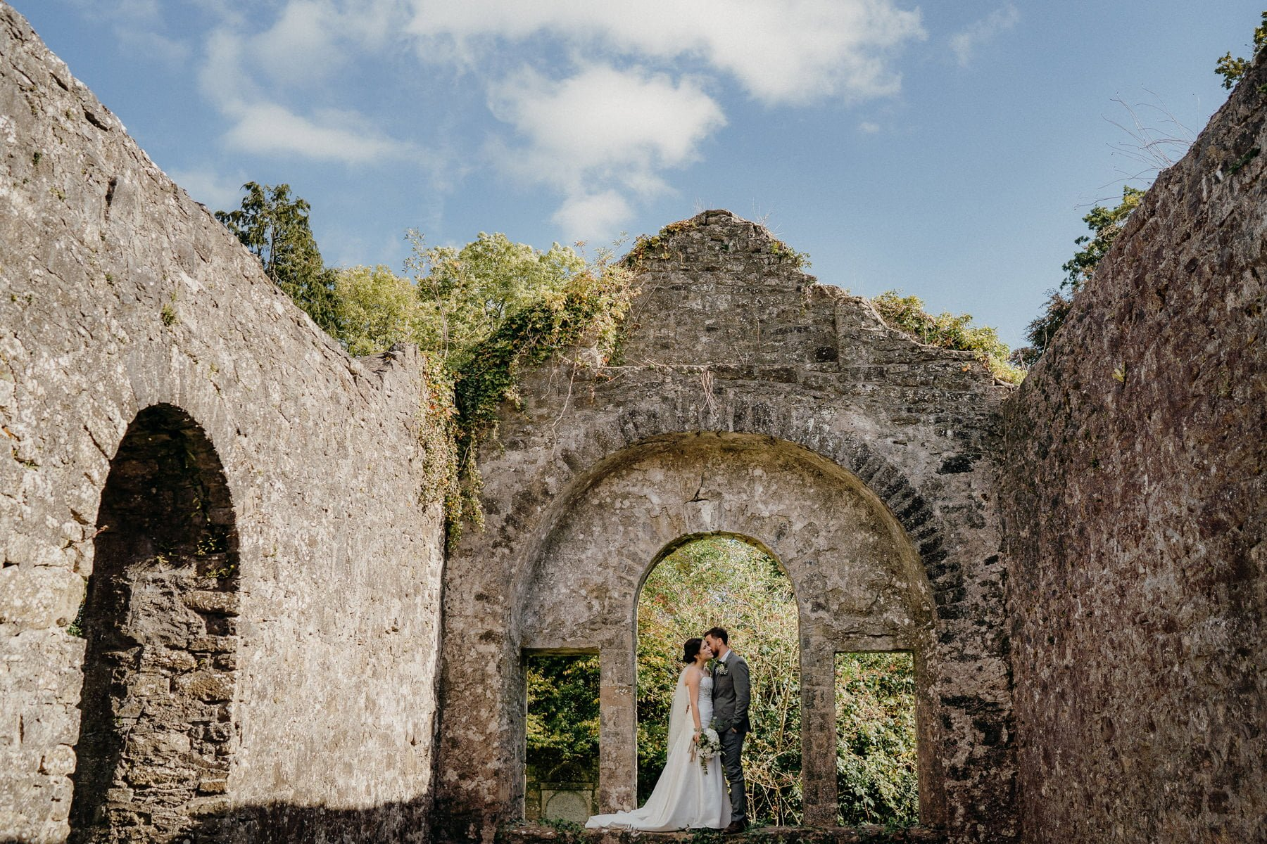 historic-grounds-loughcrew-estate-wedding